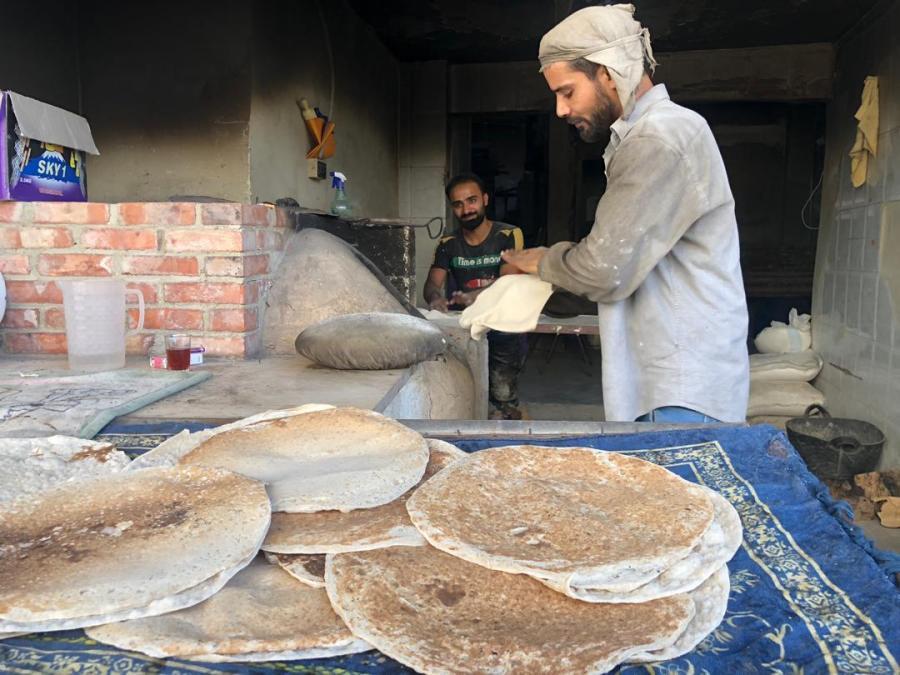 Une boulangerie à Douma. (photo Karin Leukefeld) ZF_20191217_28_23-Foto_Leukefeld_Douma_02_Ba__ckerei