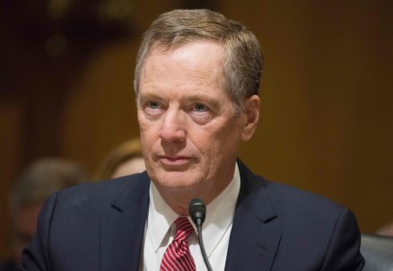 USA Robert Lighthizer BN-TJ259_2ZA7X_OR_20170509170603