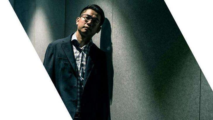 Wang Liqiang, hautement médiatisé en Australie, au Royaume-Uni et aux États-Unis.a-man-wearing-a-suit-and-tie-defector-wang-liqiang-is-now-in-hiding-in-sydney__472389_