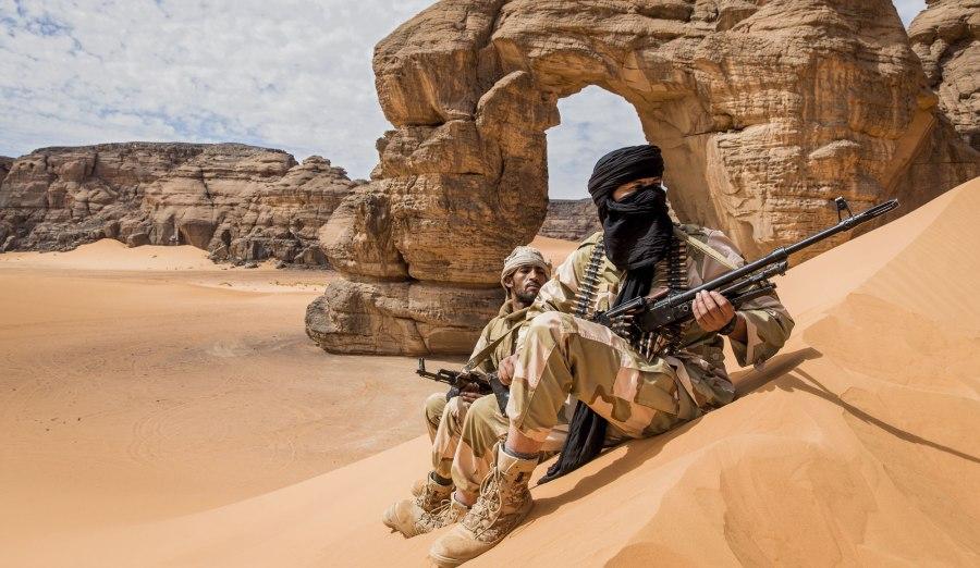 Etude de cas N°1 - le Sahara par les cartes - un espace riche, parcouru et convoité Les-Touareg-exigent-leur-reconnaissance
