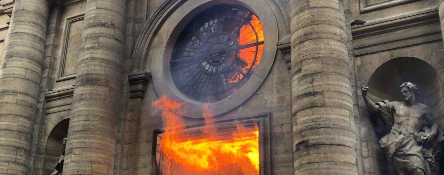 L'incendie de Saint-Sulpice, dans le VIe arrondissement de Paris 2018 file74ktbv6vhlgnshvwfbg