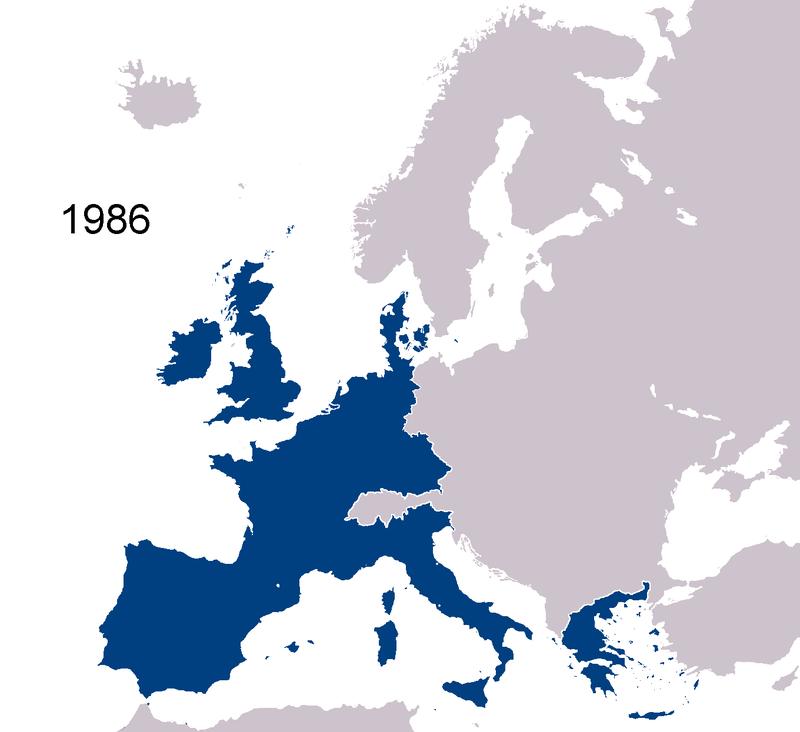 L' EUROPE DES DOUZE L'expression « Europe des 12 », parfois simplifiée les Douze, correspond à l'ensemble des pays qui appartenaient aux Communautés européennes (devenues Union européenne) entre 1986 et 1995.800px-EC1986