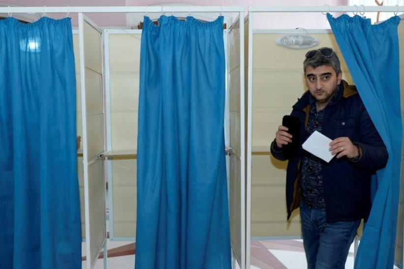 L'Azerbaïdjan a tenu des élections législatives le 9 février 661_afp-news_7a3_5fb_ccf71eaf5b25638cb7ccf098da_000_1OT8IH-highDef