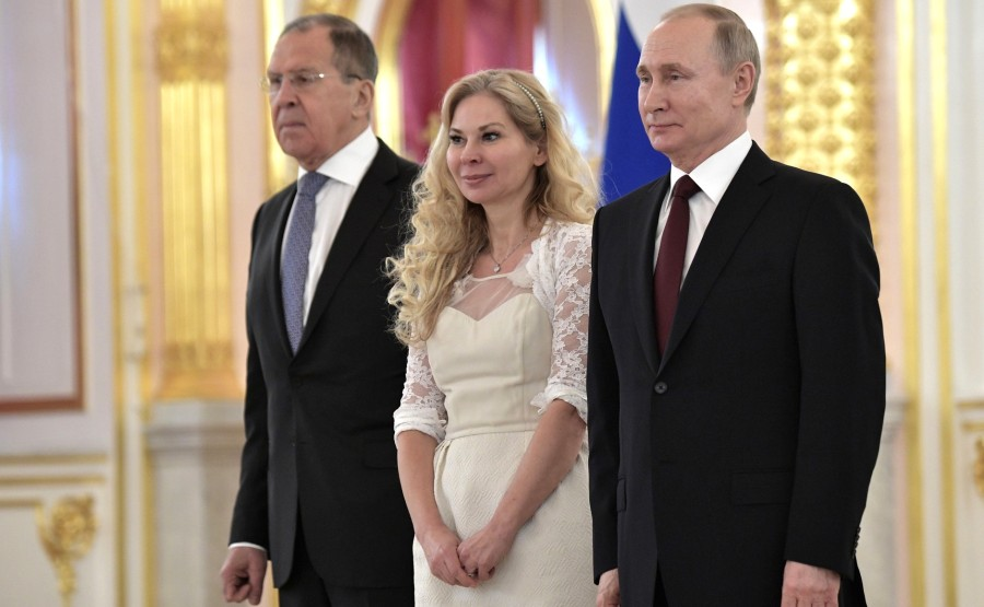 Malena Mard (Kingdom of Sweden) presents her letter of credence to Vladimir Putin. N 7 IBfxAOu9fzQOnGW90x6DhjjbNakbKjYh - Copie