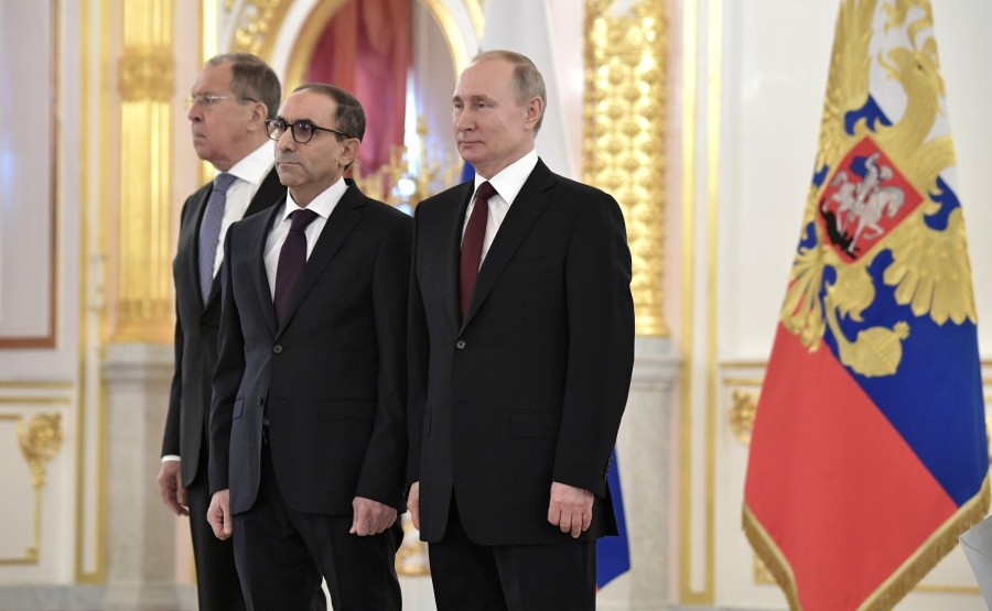 Mohamed Sherif Kourta (People's Democratic Republic of Algeria) presents his letter of credence to Vladimir Putin. N 14 7OhLmIViJDPAhXE6xk6QP94CVWJwx3oJ