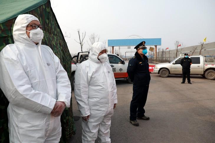 Mongolie-Russie-deuxieme-fermer-frontieresla-Chine-photo-dillustration_0_729_486