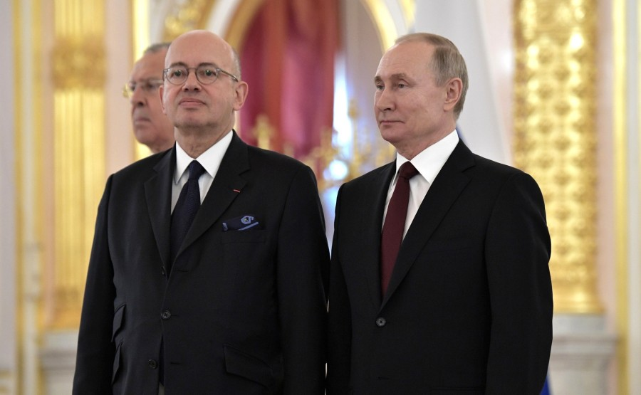 Pierre Levy (French Republic) presents his letter of credence to Vladimir Putin. N 23 XGIUVdAZS1PHKLQb9vLDbgpJAwPDx9mk