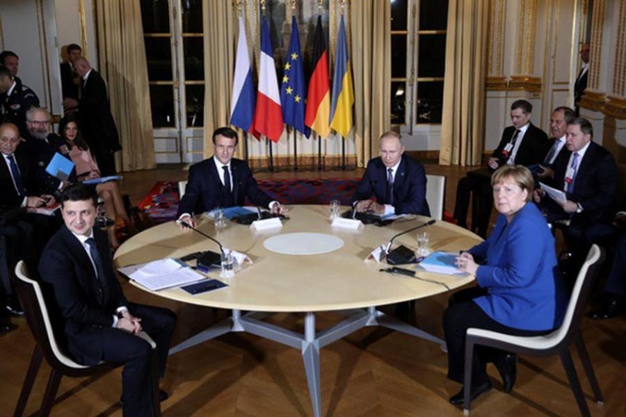 RUSSIE V. POUTINE N°1 à Brégançon en août 2019 m121904-2