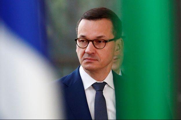 Varsovie-repond-aux-propos-injustes-de-Macron-sur-sa-politique-energetique