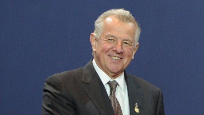 HONGRIE président de la République « constituant », Pál Schmitt 13e8d0deef1cf961e8a1888c37e865ae