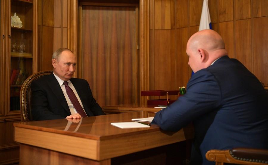 Meeting with Acting Governor of Sevastopol Mikhail Razvozhayev. 3 SUR 3 DveUHYM7SJ8Afg1WSUbOsO2WAcCnYDrN