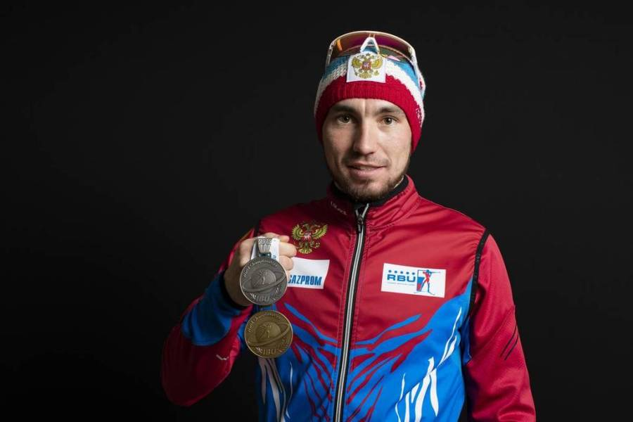 RUSSIE biathloniste Alexander Loginov 2000x2000Loginov160319cm218