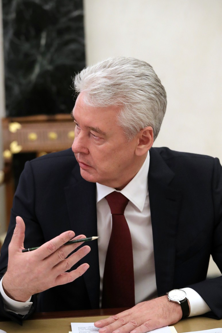 RUSSIE PH 6 SUR 8 Moscow Mayor and head of the State Council working group on countering the spread of the 2019-nCoV Sergei Sobyanin at a meeting with Government members.uE0n1A8aWSCoH7Qeen5ebBocg2VGdQbf