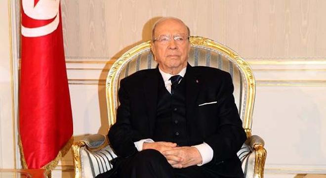 TUNISIE Le président de la République, Béji Caïd Essebsi a décidé, lundi, à l'occasion de la Fête de l'Indépendance, de faire bénéficier 1559 détenus d'une grâce ou d'une réduction de peine ...