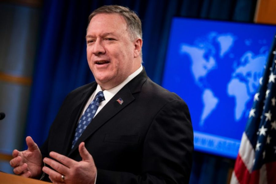 1296529-mike-pompeo-lors-d-une-conference-de-presse-a-washington-le-25-fevrier-2020