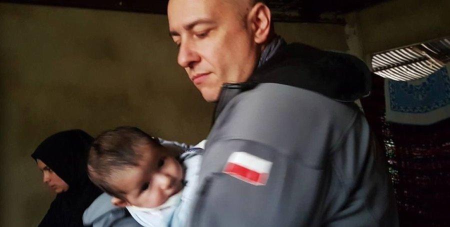 5b5eda3d9606c_o_full Doktor Paweł Kukiz-Szczuciński podczas jednej z misji humanitarnych