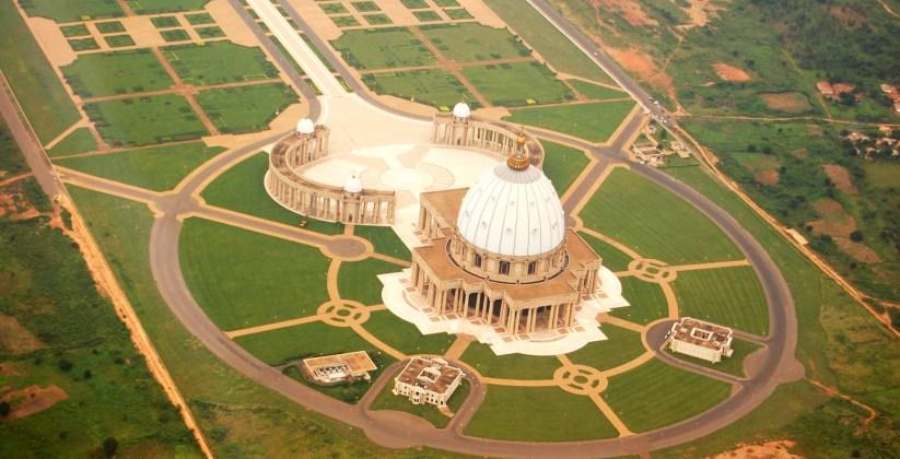 afiique Basilique Notre-Dame de la Paix de Yamoussoukro en Côte d'Ivoire yamoussoukro-basilique-5