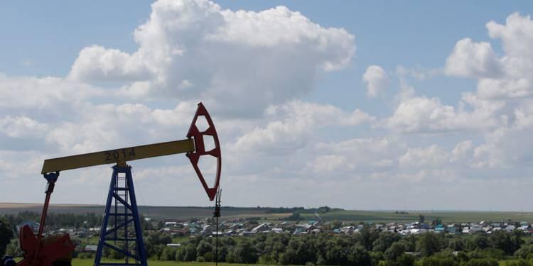 la-russie-ne-reduira-que-graduellement-sa-production-de-petrole-1319334