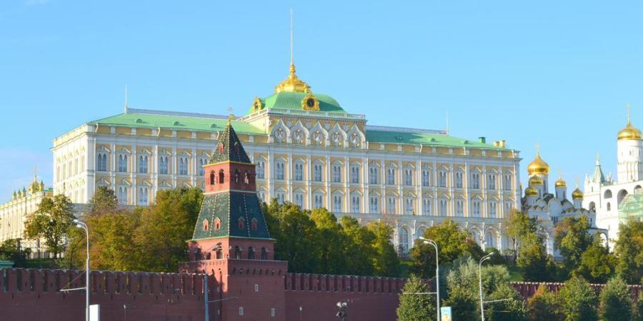 MOW-tous-au-kremlin-2_1-1024x512
