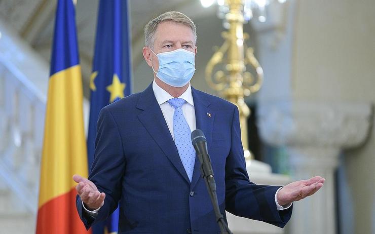 Par Lepetitjournal Bucarest Publié le 22.04.2020 à 16H19 president_klaus_iohannis_mask_presidency.ro_