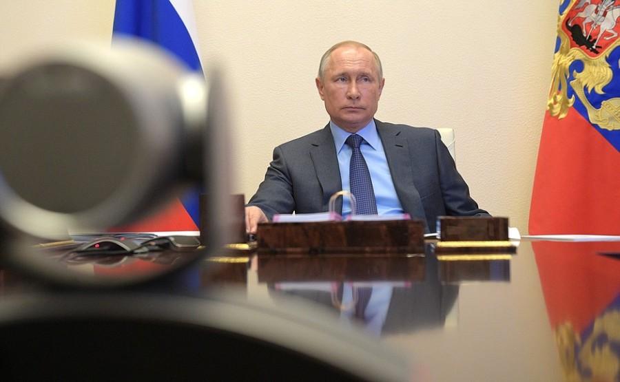 Réunion de travail avec le gouverneur du territoire de Primorye, Oleg Kozhemyako - April 21, 2020 - 14H30 PH 3 SUR 3 QmI2ZGOebsorCxqOC3yZNsy2pd0fLcAL