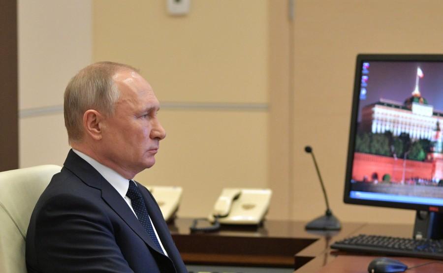 RUSSIE PH 1 SUR 10 Lors de la réunion avec les chefs régionaux sur la lutte contre la propagation du coronavirus en Russie. YSZCCj6cj4xRa3amgmpfMDpeAhIAa96q
