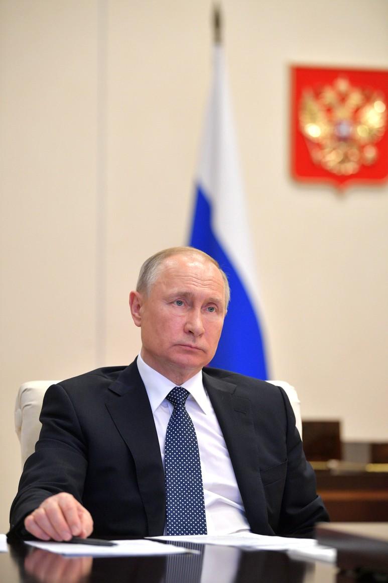 RUSSIE PH 5 SUR 6 April 7, 2020 Novo-Ogaryovo, Moscow Region 5oAynxWBOtLAwRnnAjFlged4Ss63Ieio