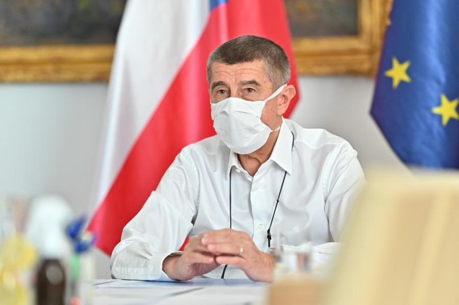 Tchéquie Babiš envisage un retour à la normale vers mai-juin 2020.04.02-babis-fb