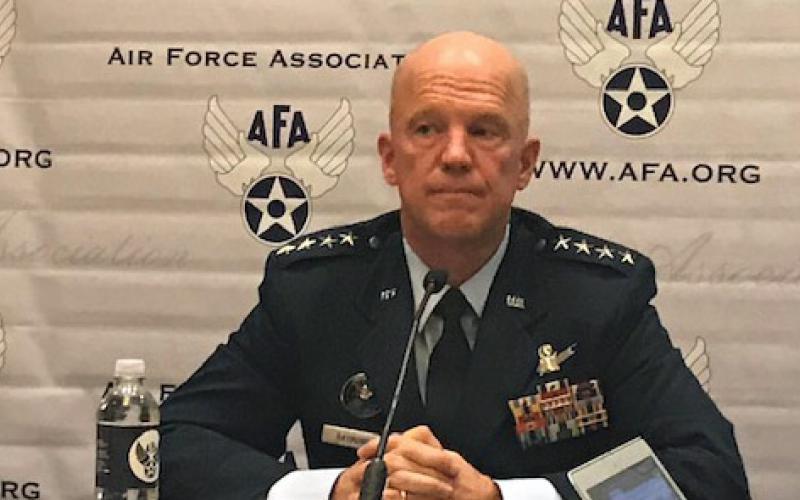 USA la déclaration de John Raymond, commandant des forces spatiales américaines GenRaymond