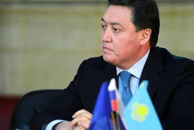 965407le Premier ministre kazakh Mamin