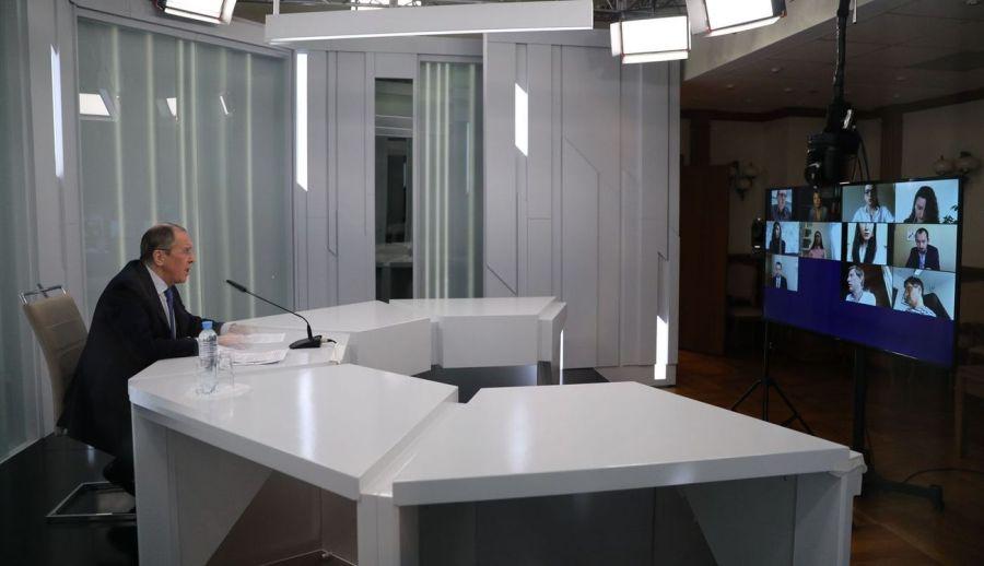 Allocution et réponses à la presse de Sergueï Lavrov, dans le cadre de la conférence de presse consécutive à la visioconférence du FORMAT NORMANDIE ПК_СВЛ_30042020