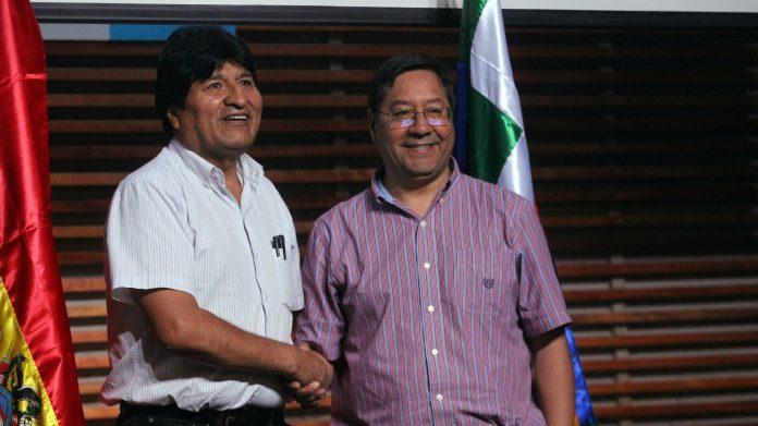 BOLIVIE Luis-Arce-Catacora-696x391Evo Morales et Luis Arce Catacora © Marielisa Vargas