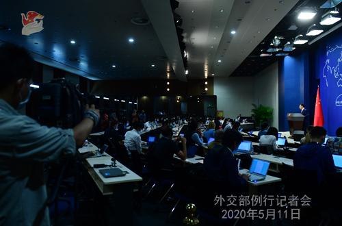 Conférence de presse du 11 mai 2020 PH5 tenue par le porte-parole du Ministère des Affaires étrangères Zhao Lijian W020200514431932220285