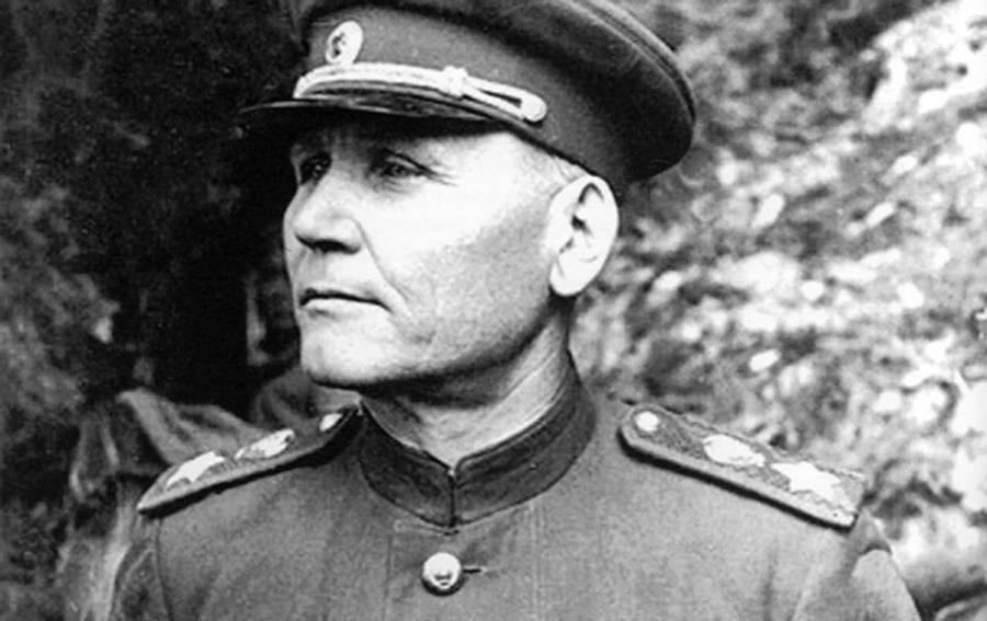 dcd007cce7e356d623076e405fe0dec8 Le maréchal de l'Armée Rouge Konev