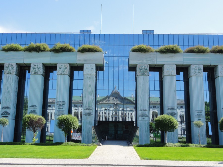 la Cour suprême polonaise 13228702864_5086eb7bab_k