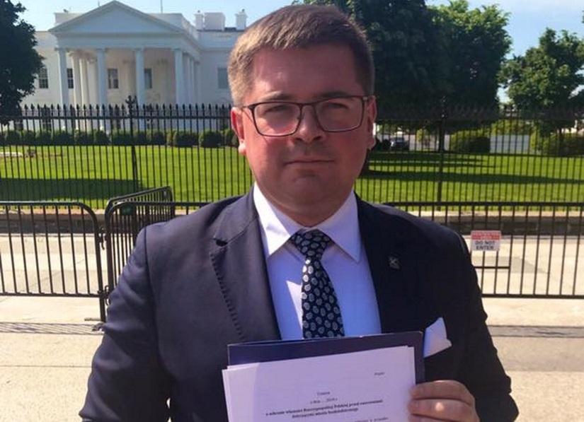 Le député du PiS, Tomasz Rzymkowski 7268e263340147ed8df4fa6a91dfa793