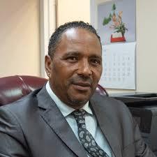 le Ministre des Affaires étrangères Kenneth Darroux de la Dominique.index