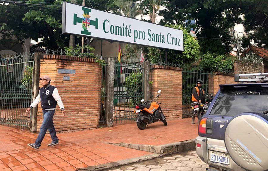 Photo Fabien Deglise Le Devoir Le Comité pro Santa Cruz, que préside Luis Fernando Camacho image