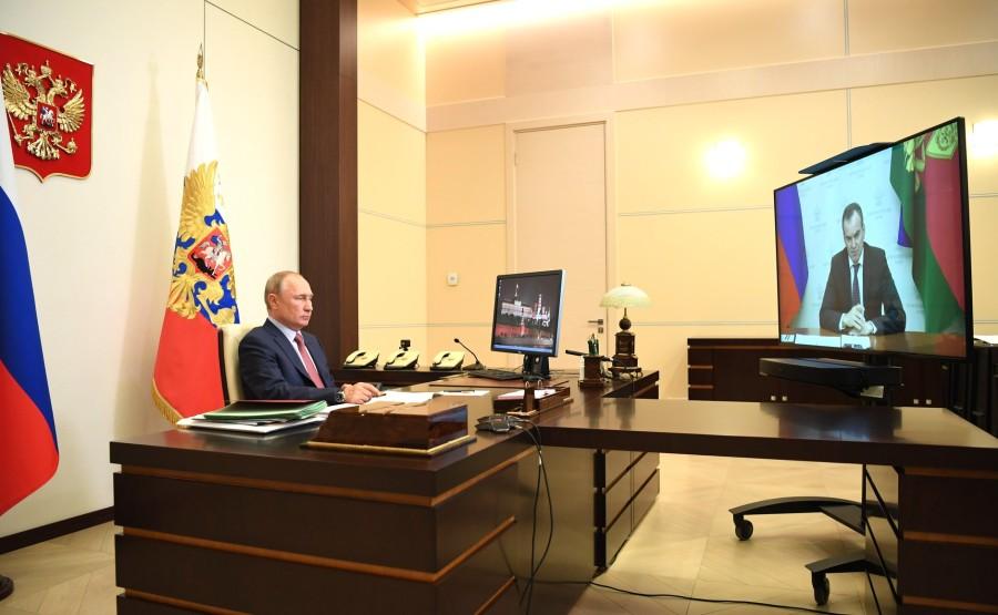 Réunion de travail PH 2 SUR 3 avec le gouverneur du territoire de Krasnodar Veniamin Kondratyev 21.05.2020 oB0HOWxTA3w9lZxn3HmMOBMm1gMAAF85