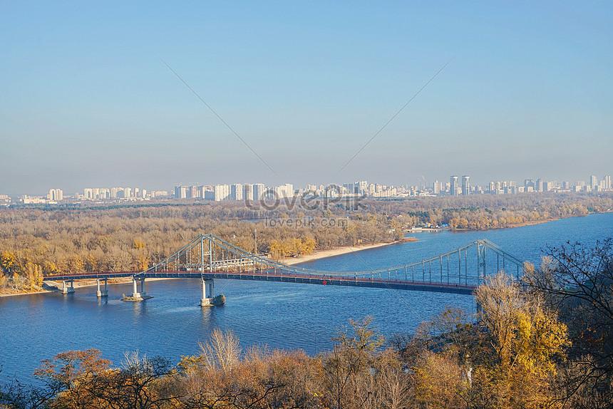 UKRAINE KIEV 8150.jpg_wh860