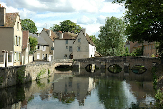 1280px-France_Eure_et_Loir_Chartres_Bords_de_l_Eure
