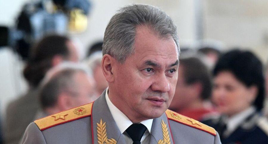 entre Mark Esper et le Ministre russe de la Défense Sergueï Choïgou 1034521766_0 0 2692 1455_1000x541_80_0_0_dc7730eff7f03879736b52c28dfa16df