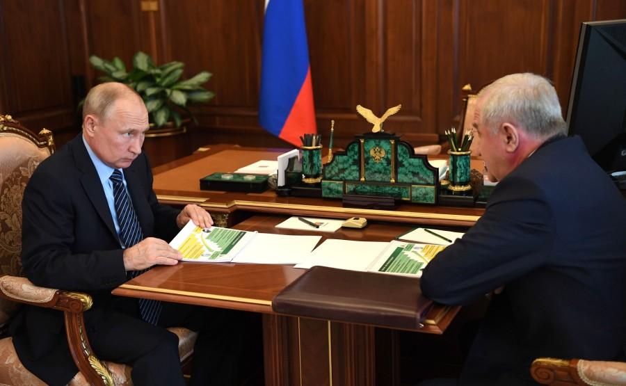 KREMLIN 4 W 4 15.07.2020 Chef du Service fédéral des douanes Vladimir Bulavin. ue61S7WbxScNsMUINiX4q3Nffv0Ga3DN