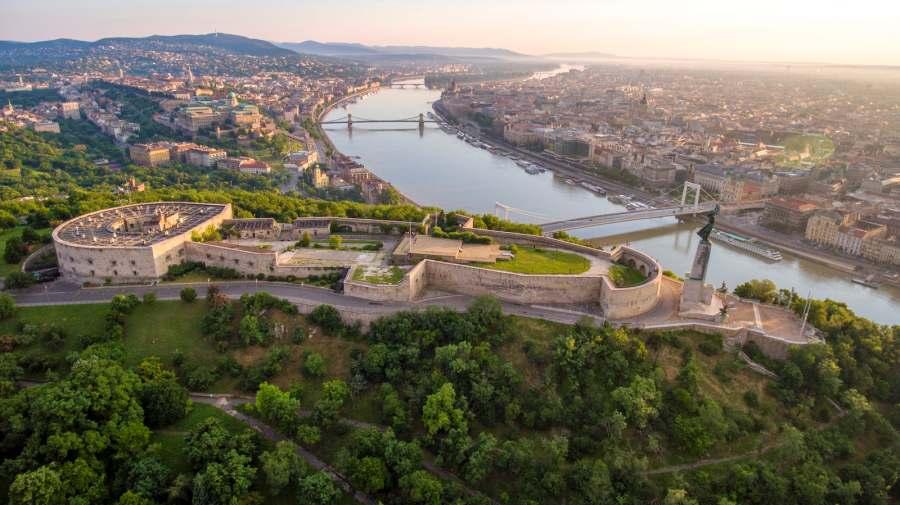 BUDAPEST HONGRIE 607c6b97-cae4-4dbd-95a9-a26f71ea383d-istock-541142150