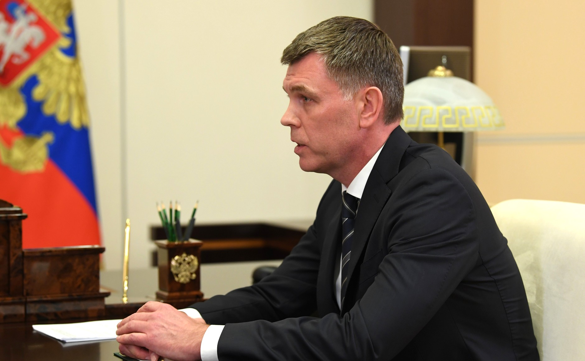 KREMLIN 3 X 4 DU 26.08.2020 Lors de la réunion avec le directeur du Service fédéral des huissiers de justice (FBS), l'huissier en chef de la Fédération de Russie Dmitri Aristov. EITRuf3T7AZDZ5iDmyATJ6CwKmF8AvVX