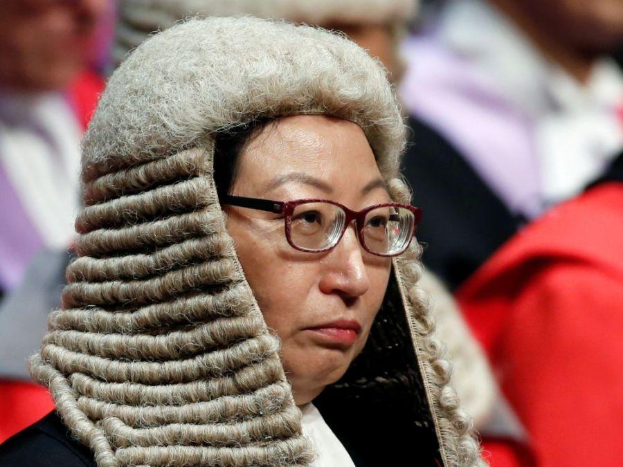 la secrétaire à la Justice Teresa Cheng (photo) cover-r4x3w1000-5dce3c96aed39-hong-kong-condamne-une-attaque-contre-la-secretaire-a-la
