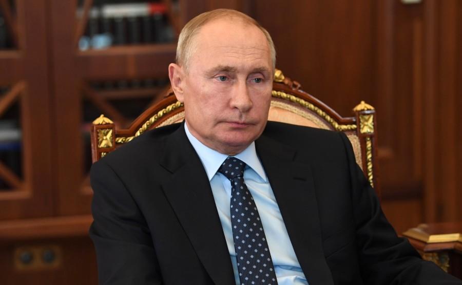 RUSSIE 3WW3 DU 05.08.2020 Réunion de travail avec le président de Rostelecom Mikhail Oseyevsky.Bq3AgdcAlLwA1m7PVf1Pq3Sc4apwJM0L