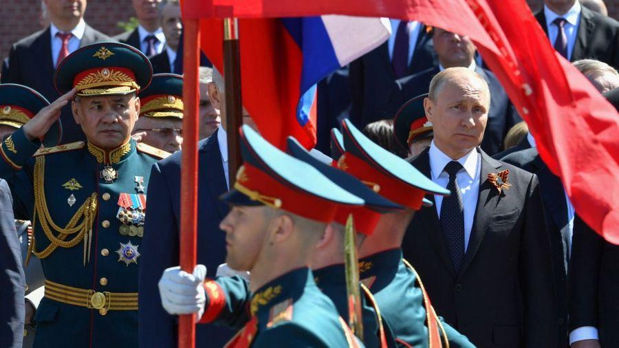 russie défilé de l'armée russe 860320be12a1c050cd7731794e231bd3-1525859224