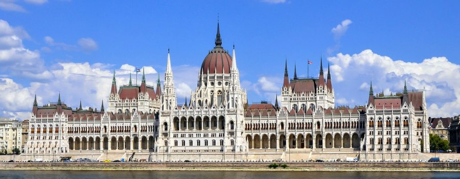 budapest-parlement-hongrois