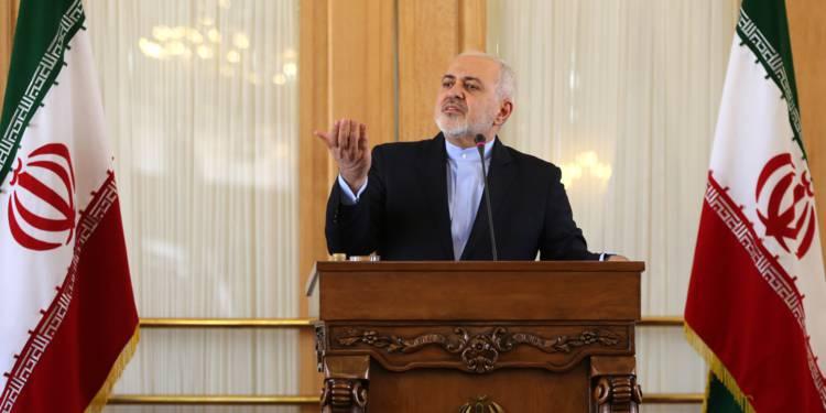 iran-rohani-rejette-la-demission-de-son-ministre-des-affaires-etrangeres-1329376